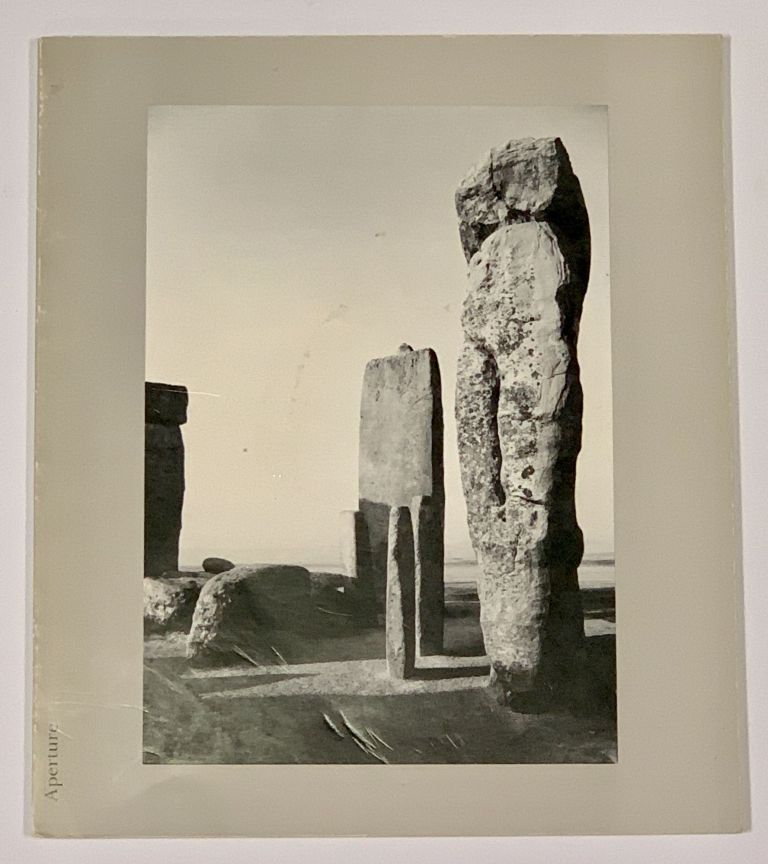 APERTURE 16:1. Photographs of Peru. Minor - White, 1908 - 1976.