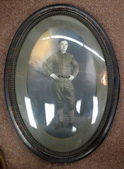 ORIGINAL FRAMED PHOTOGRAPH Of A YOUNG WORLD WAR I SOLDIER UNDER BUBBLE GLASS. World War I. Ephemera