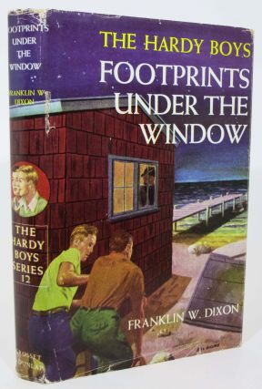 FOOTPRINTS UNDER The WINDOW. Hardy Boys Mystery Series #12. Franklin W. Dixon, J. Clements - Illustrator Stratemeyer Syndicate pseudonym. Gretta.