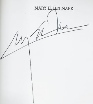 MARY ELLEN MARK. Introduction par Caroline Bénichou.; Collection Photo Poche 96