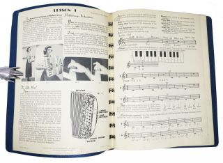 The HOWELL - ARETTA SYSTEM Of MODERN ACCORDION STUDY. Prepatory Course.